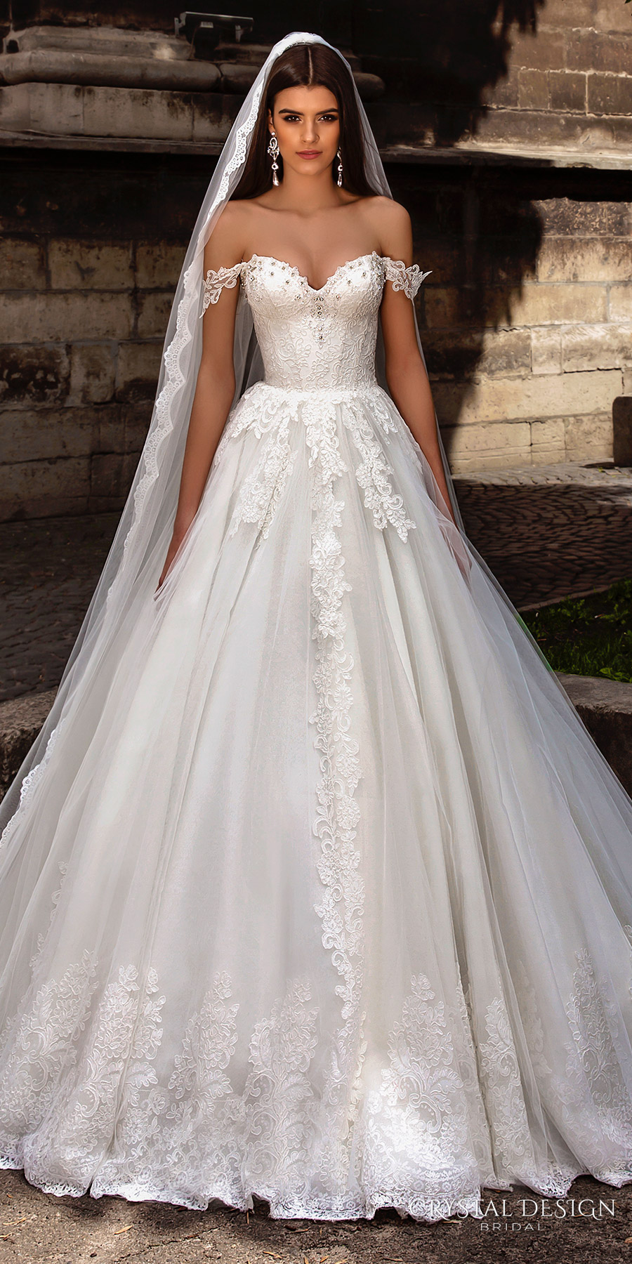 ball gown wedding dresses advantages ball gown wedding dresses Ball Gown Wedding Dresses Advantages
