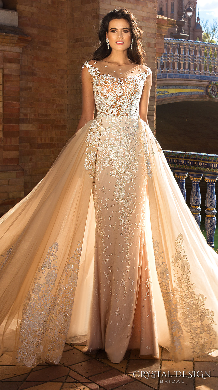 crystal wedding dresses Glamorous Ball Gown Wedding Dresses With Floor Length Crystals Embellishment