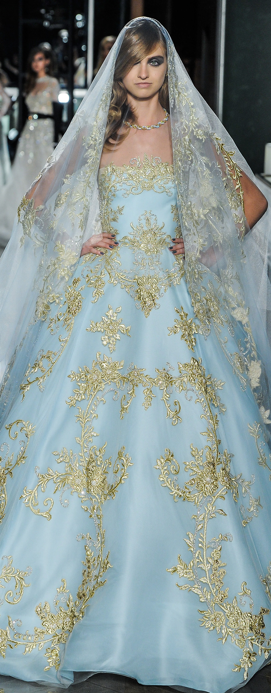 reem acra spring 2018 bridal strapless straight across full embellishment blue color princess ball gown wedding dress chapel train (24couture) zv