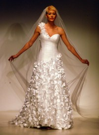 Rapunzel Wedding Gown Unveiled During Bridal Fashion Week ...