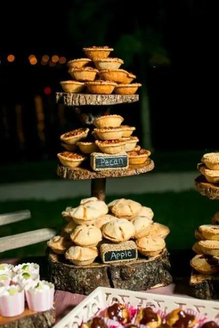 Cozy Pie Bar Idea For Your Wedding