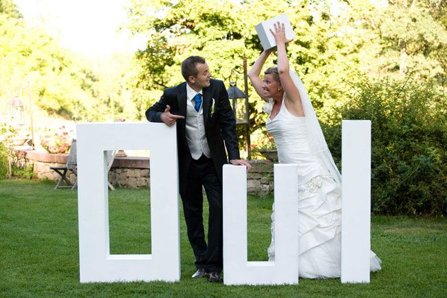 Plan a Wedding in France and Save Money Weddings Abroad Guide - wedding plan