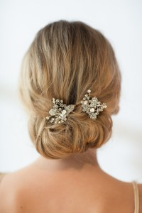 20 Stunning Bridal Hair Accessories | weddingsonline