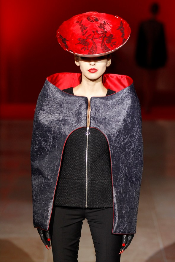 Image: A model presents a creation by Portuguese designer Fatima Lopes as part of her Fall/Winter 2012-2013 women&#039;s  ready-to-wear fashion show during Paris fashion week