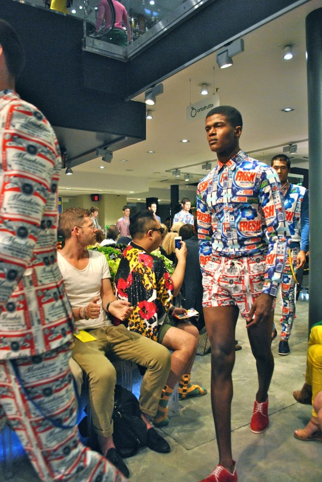 moschino_mens_collections_ss_2013