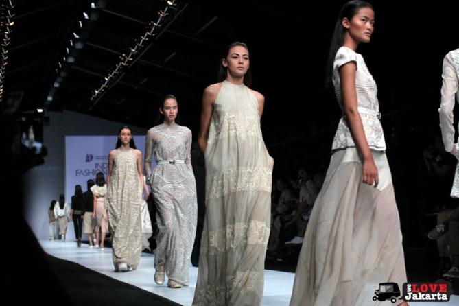 Sapto Djojokartiko_Tasha May_we love Jakarta_welovejakarta_Jakarta Fashion Week 2015_Senayan City_Fashion in Jakarta_Indonesian Fashion Designer