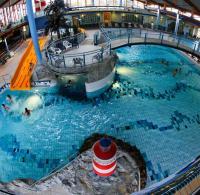 Lorenz Caffier fordert harte Strafen nach Schwimmbad ...