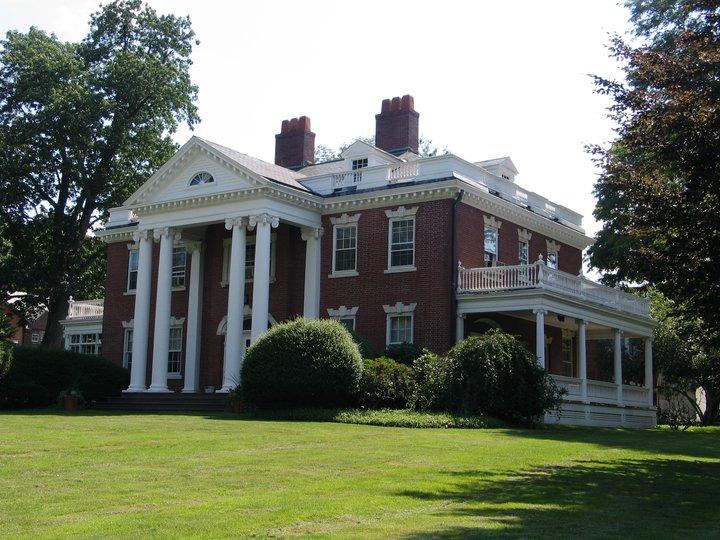 Program Housing, Residential Life - Wesleyan University