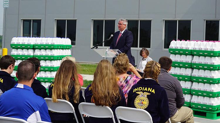 Walmart Opens Indiana\u0027s Newest Milk Facility