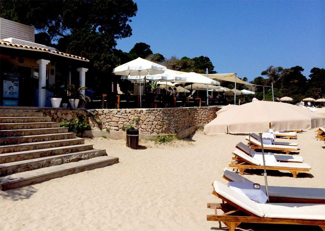 what-to-where-ibiza-cala-bassa-beachclub