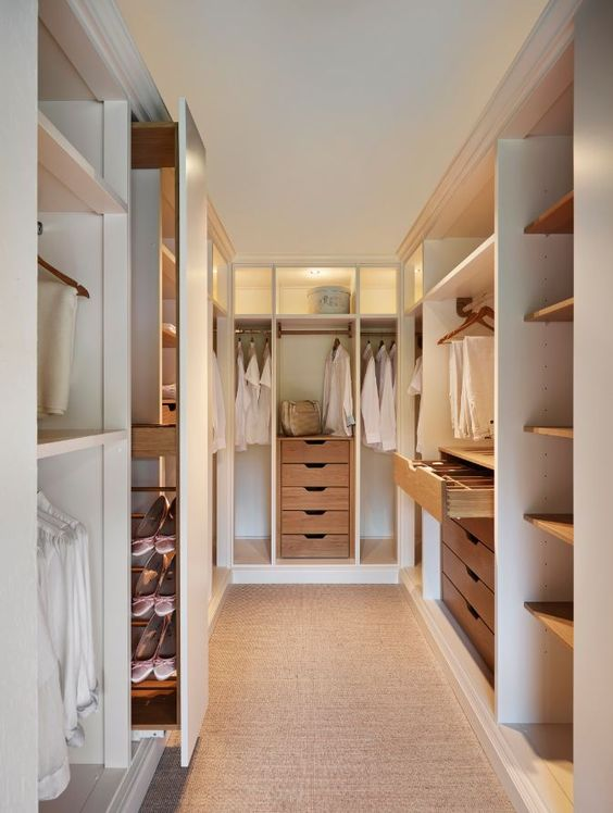 wardrobe12- storage