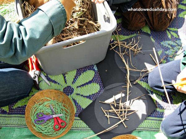 Make a bird nesting ball