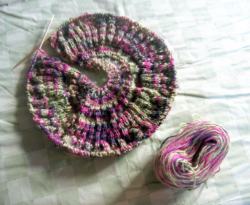 Pie shawl, in progress