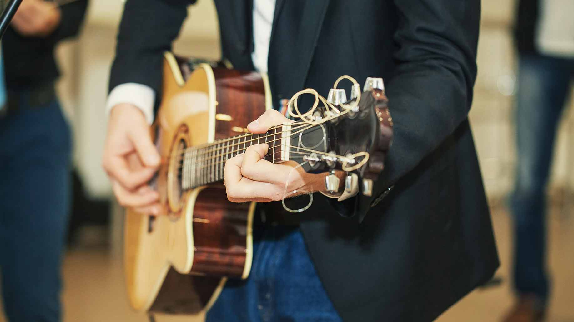 live wedding music band cost hire prices wedding band prices How Much Does a Live Wedding Music Band Cost Hire Prices
