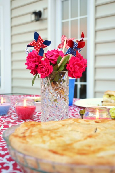 Whats Ur Home Story: Patriotic Decor, July 4 centerpiece, july 4 decorating ideas