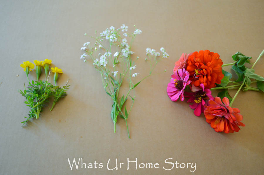 how to make a  simple summer arrangement