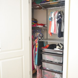 The Tiny Girl's Room Closet Gets an Elfa Makeover