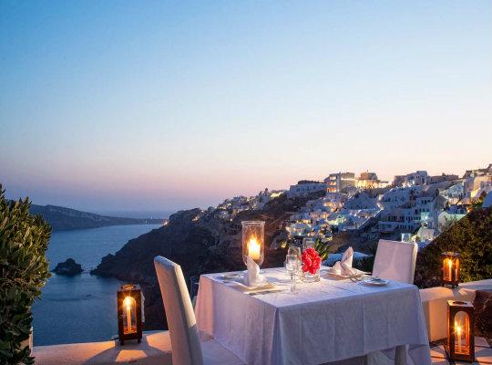 Hd Santorini Wallpaper Romantic Dinner In Oia Santorini Petra Restaurant What