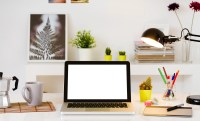 Feng Shui Office Desk Tips: The Ultimate Guide to Setting ...