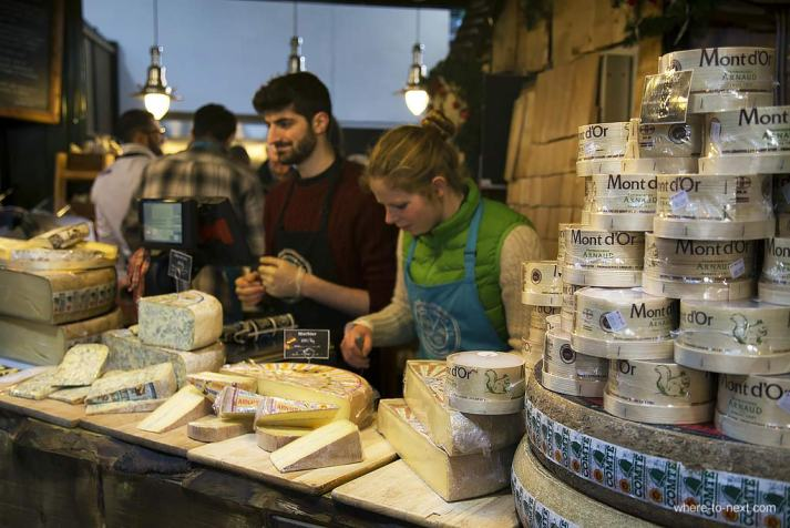 Organic cheese at Borough Market, London