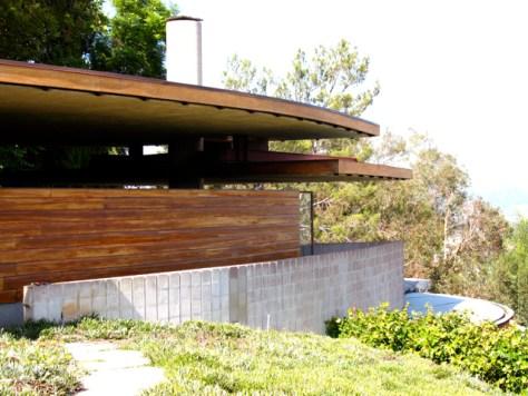 John Lautner's Silvertop Residence, Carport, Photo Romi Cortier