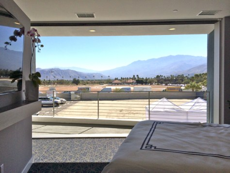 Master Bedroom, Sol 2, Palm Springs, Photo Romi Cortier