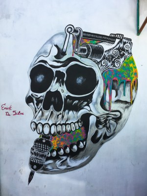 {Latest Oaxacan street art gives you something to think about.}