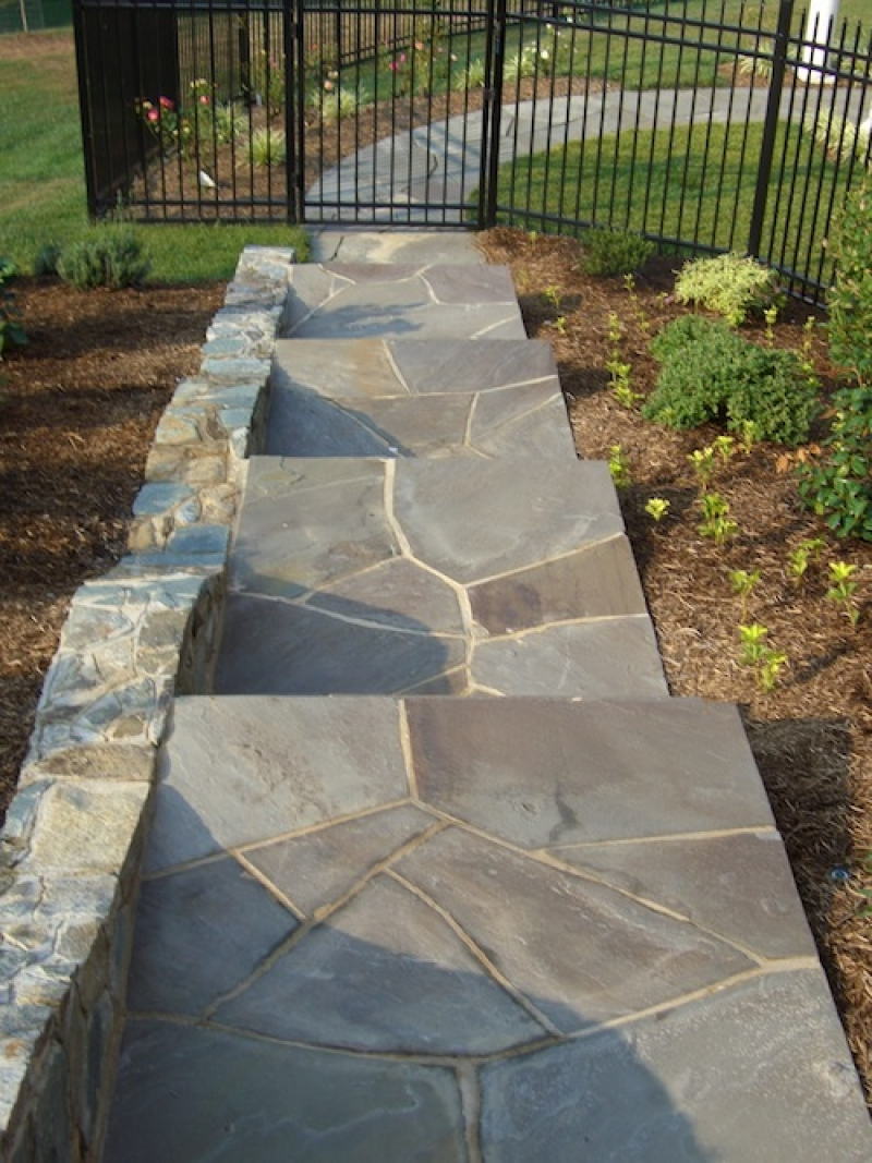 How To Install A Flagstone Walkway Mortar Dry