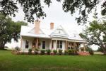 Farmhouse And Joanna Gaines Chip