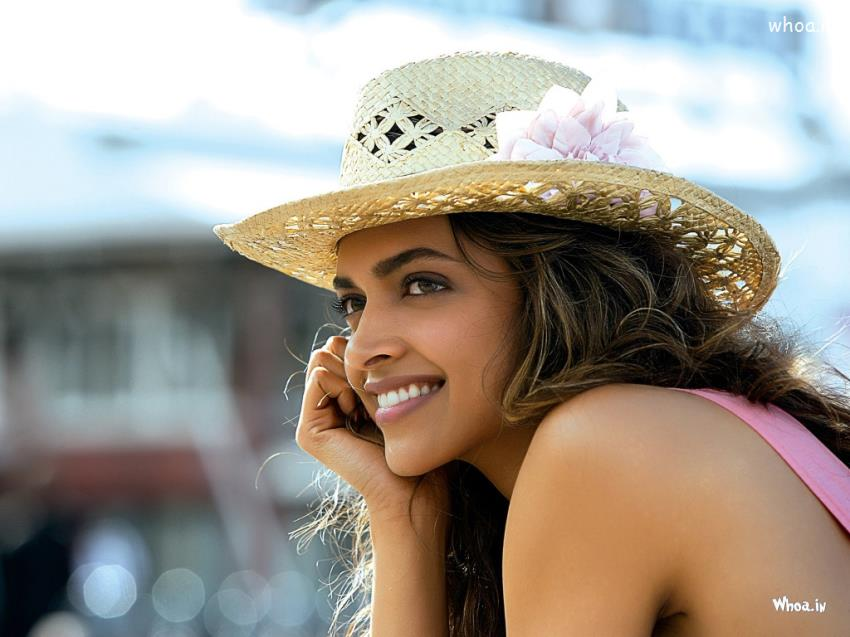 Good Night Wallpaper With Quotes For Fb Deepika Padukone Smile Clouse Up Natural Hd Wallpaper