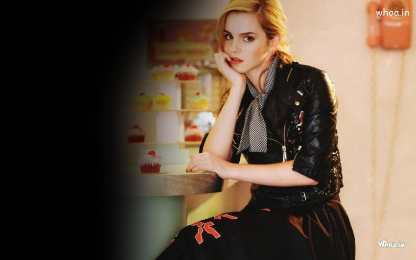 Cinema Wallpapers With Quotes Emma Watson Sad Face Wallpaper