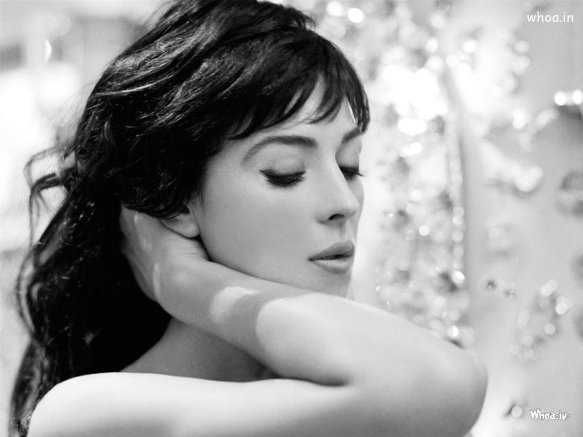 Salman Khan 3d Wallpaper Monica Bellucci Black And White Wallpaper