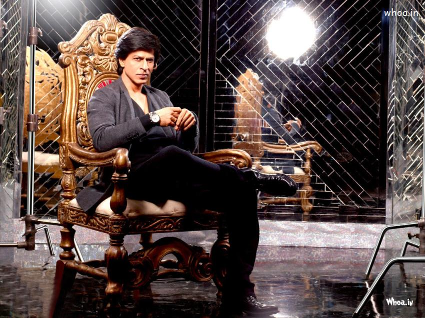 3d Love Wallpapers For Windows 8 Shahrukh Khan Sitting On A Chair With Black Suit