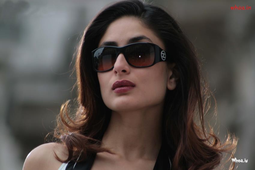 3d Radha Krishna Wallpaper Download Kareena Kapoor Khan In Black Sunglasses