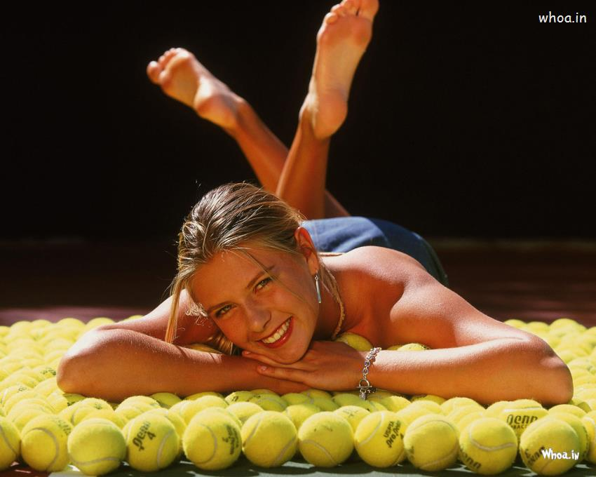 Happy Bday Wallpaper With Quotes Maria Sharapova Hot Lying On Balls