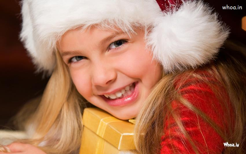 Cute Baby Girl Child Wallpaper Merry Christmas Greetings For Cute Girl