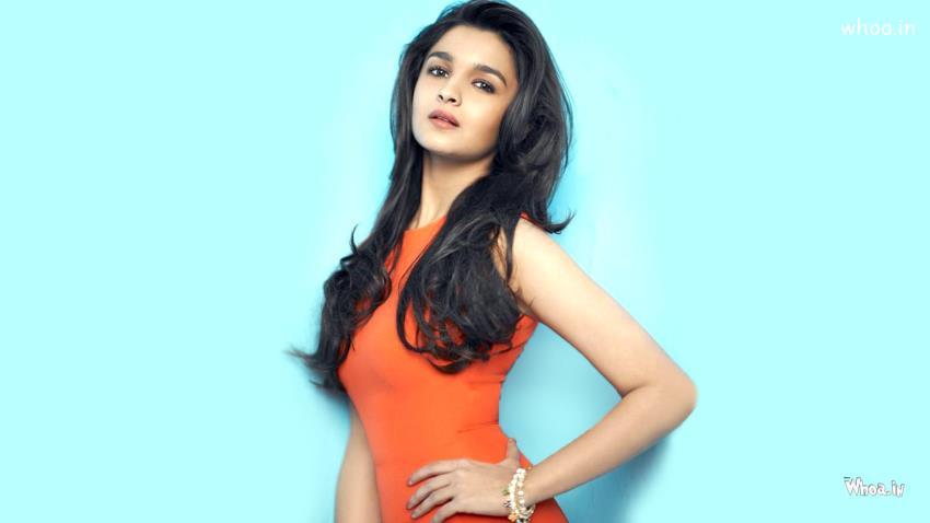 Cute Stylish Child Girl Wallpaper Alia Bhatt Orange Dress With Face Closeup Hd Wallpaper