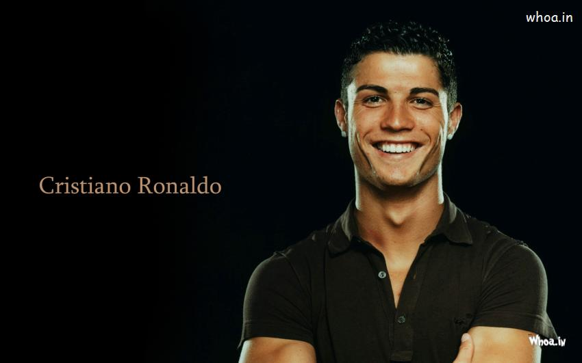 Happy Friendship Day 3d Wallpaper Cristiano Ronaldo In Black T Shirt Wallpaper