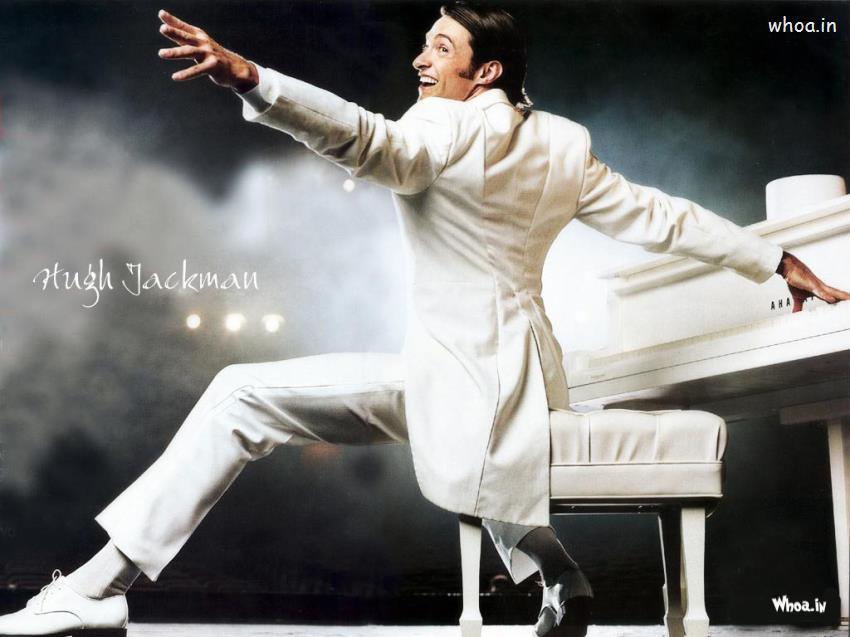 Ganesh Wallpaper Hd 3d Hugh Jackman White Suit And Play White Piano Wallpaper