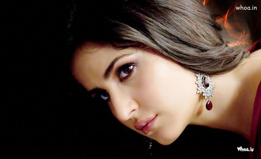 Happy Holi 3d Wallpapers Katrina Kaif Face Closeup With Dark Background Wallpaper