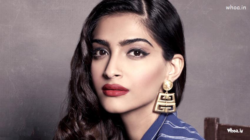 God Ganesh Hd Wallpaper Sonam Kapoor Face Closeup Hd Wallpaper 2