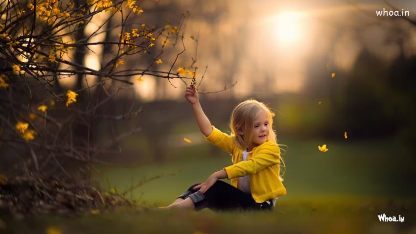 Hd Motivational Wallpapers For Android Cute Little Baby Girl Enjoy The Natural Hd Cute Baby Wallpaper