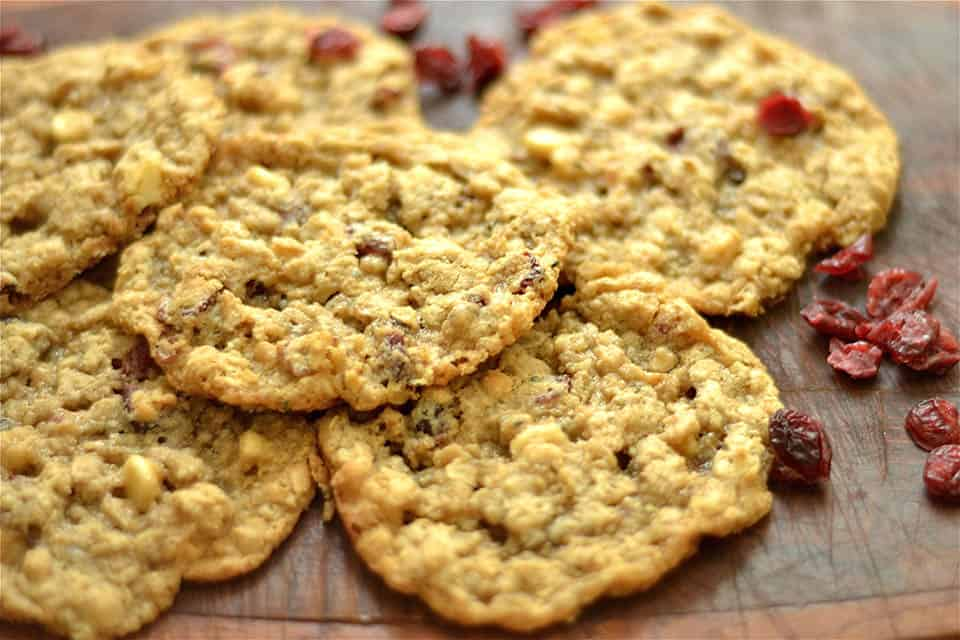 ... white chocolate chips! A yummy dessert the entire neighborhood will