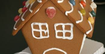 Gift Idea: Baking Gifts and Gingerbread House Kits at BJ's Wholesale Club