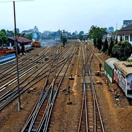Bahnfahrt Jakarta nach Bandung