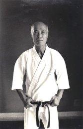 2suzuki-retrato-hans-heusweb