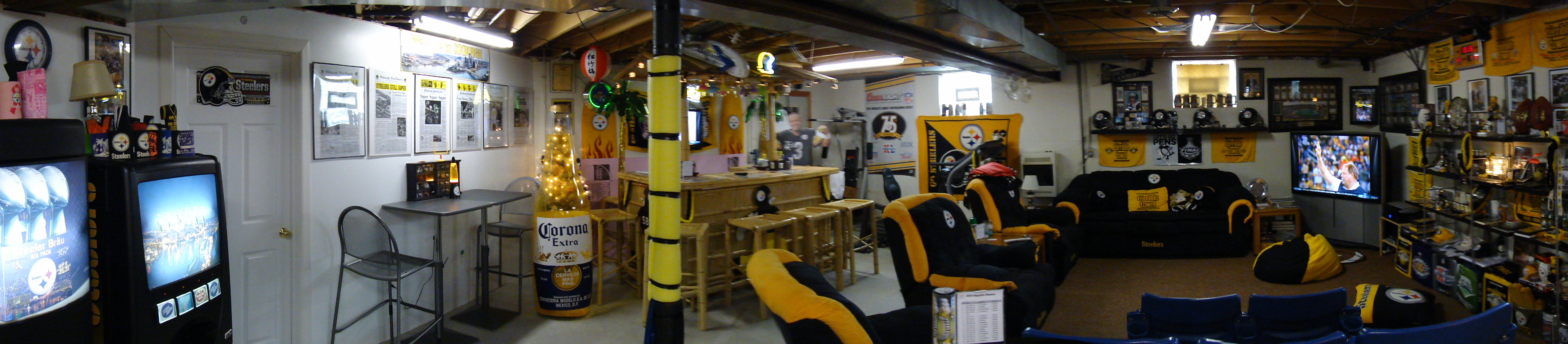 Best Man Caves Check out this Steelers MAN CAVE! CRAZY! : steelers
