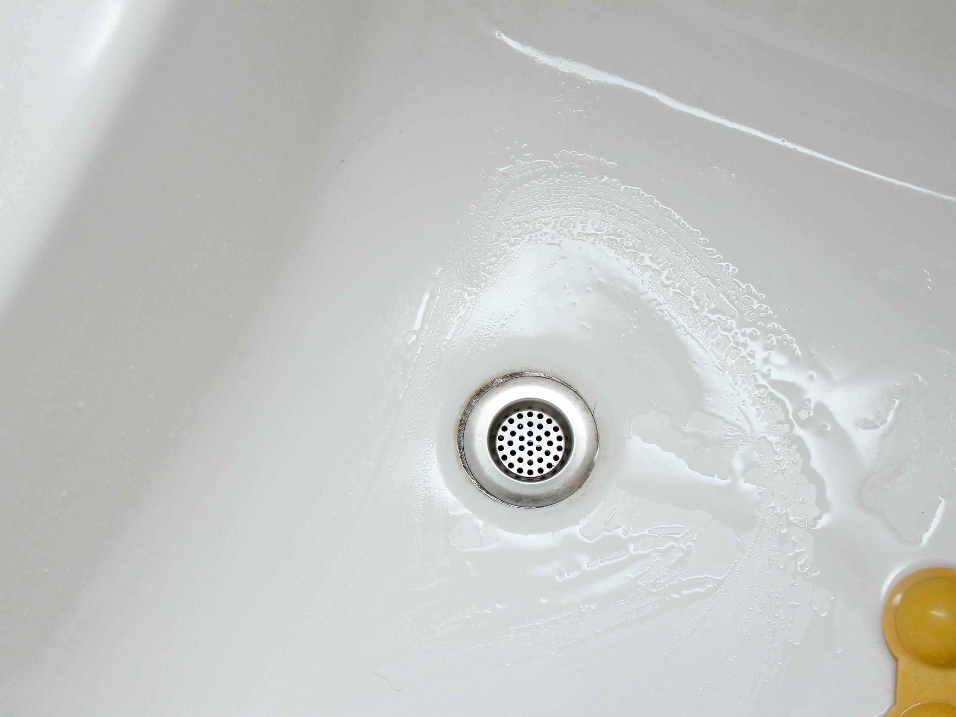 Unblock a Drain unclog kitchen sink