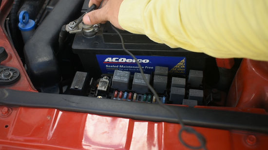 How to Check Fuses (with Pictures) - wikiHow