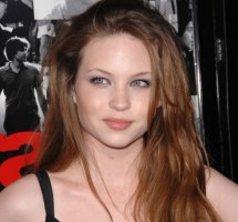 Daveigh Chase bio, Net worth, Wiki, Boyfriend, Age, Divorce, Dating, Baby, Pregnant and Ethnicity